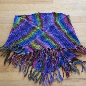 Divided shawl